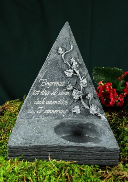 """Grabpyramide """"Begrenzt ist das Leben, doch unendlich ..."""""""
